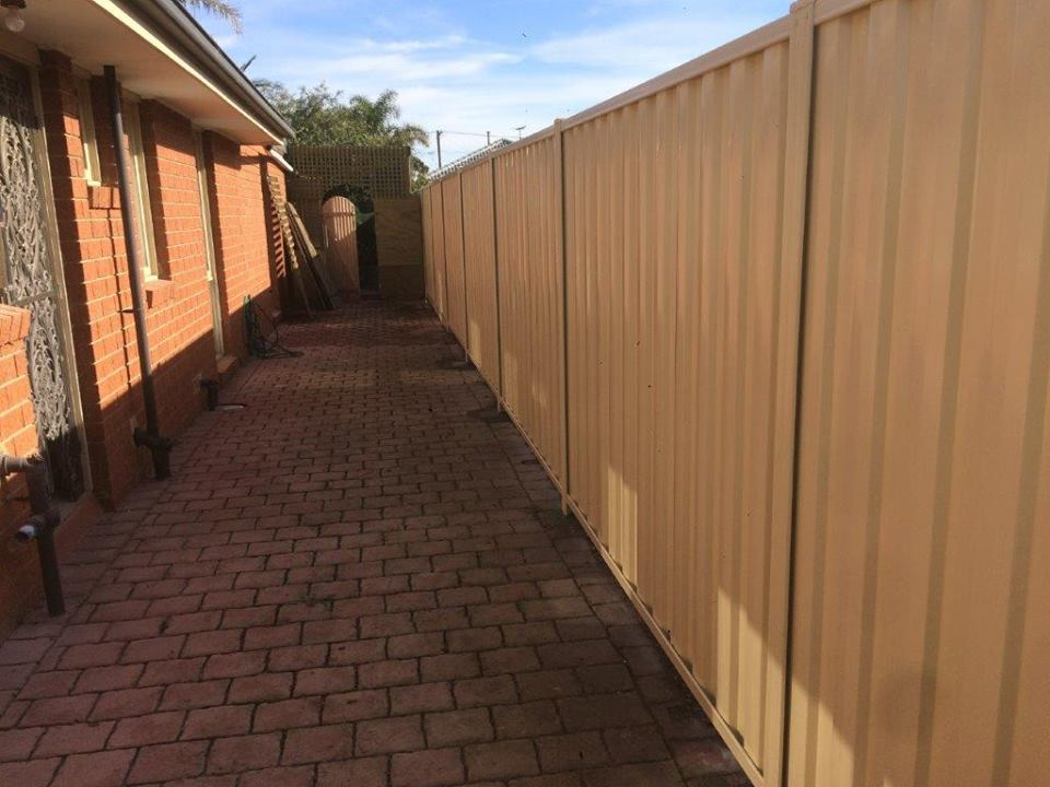 Fencing Contractors Gold Coast